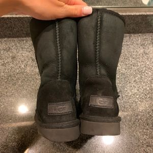 Black Ugg boots! Women's size 6